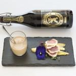 Mokkacreme mit Tuna Tataki an Vanille-Biersauce auf karamellisiertem Chicorée, Bier: Lager Dunkel
