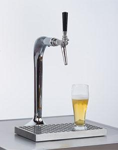 Poser le verre (pas directement sous le robinet) ...